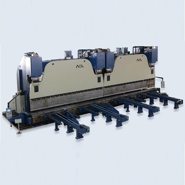 W67K大型电液同步数控液压折弯机